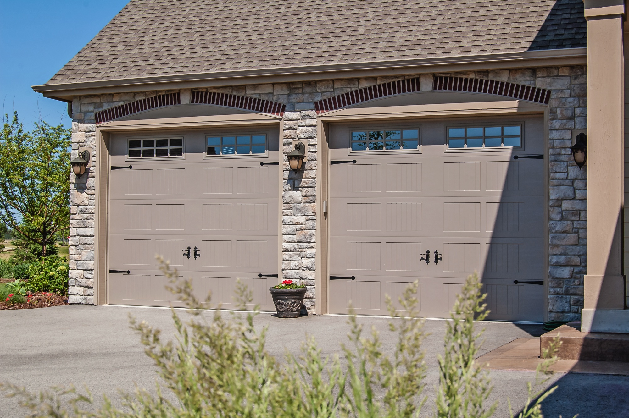 Carriage House Stamped Garage Doors Chi Overhead Doors