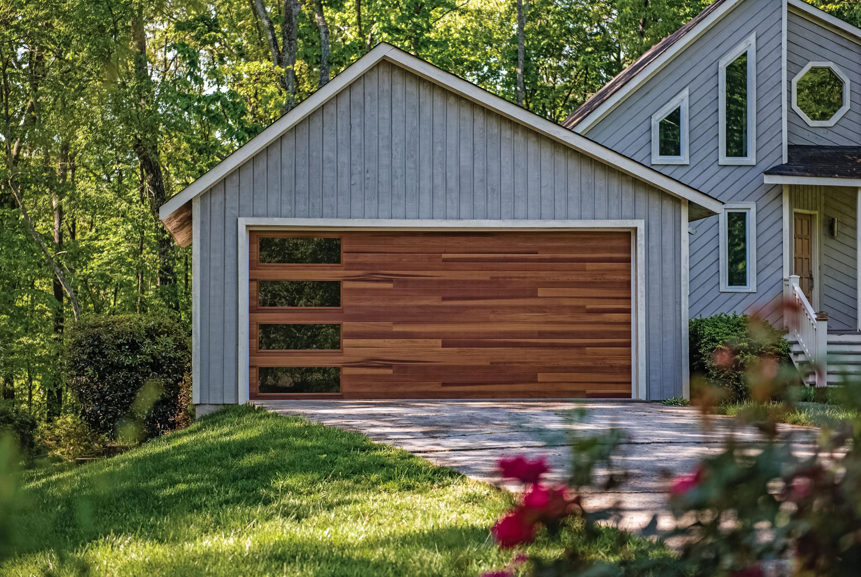 Maintenance__Tips_For_Your__Garage_Door__To_Last_Longer.jpg